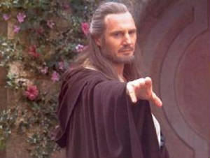 qui_gon_queens_first_rescue_tpm_1.jpg