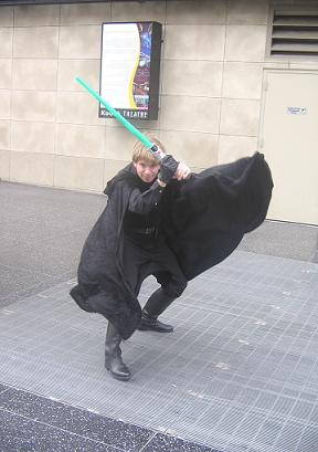 hollywood_blvd_rotj_luke_flowing_cape_best_1.jpg