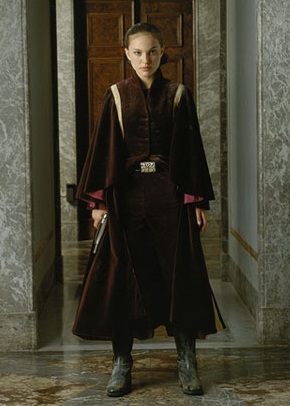 tpm_padme_throne_recover_publicity_sw_1.jpg